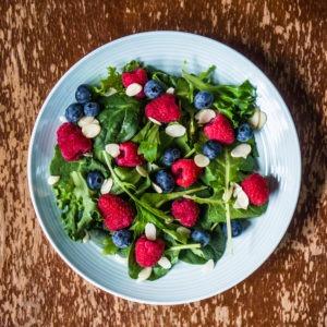 dark leafy greens keep eyes healthy